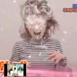 Skrytá kamera: Japonský stůl vystřeluje šlehačku!
