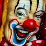 Pozor na rudého klauna: může udusit děti