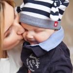 Skrytá kamera: Úchylná matka zavřela dítě do odkládací skříňky