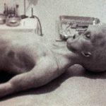 Pozor na fotografie údajných bytostí z Roswellu!