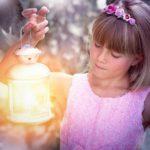 Chemie na louce – jak svítí světlušky? (Zajímavá věda)